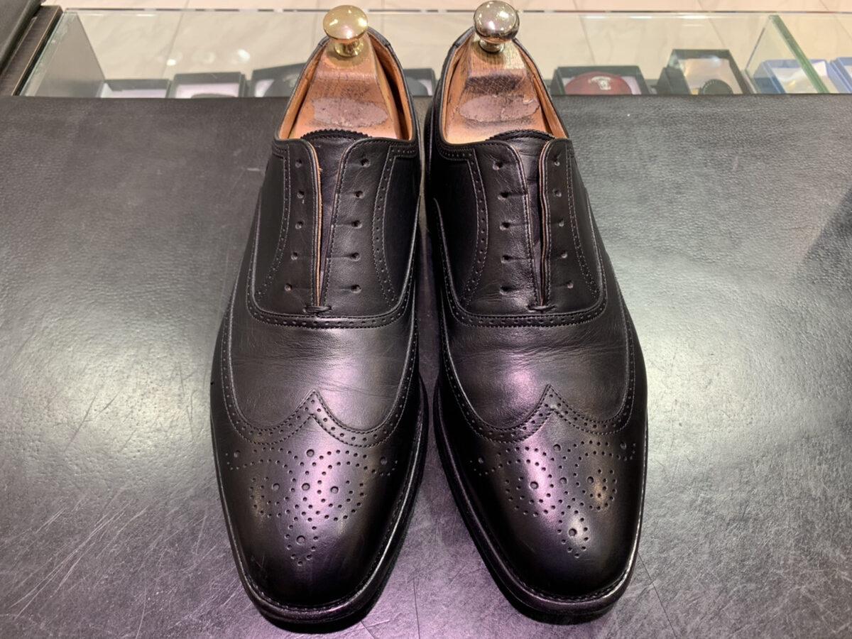 クリームをたくさん塗れば、靴は光るのか?